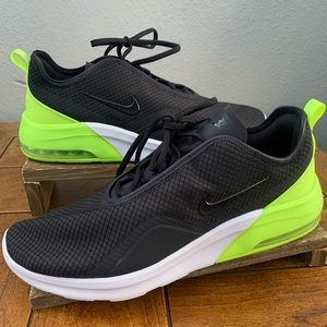 Nike Air Max Motion 2 Mens Shoes Sneakers